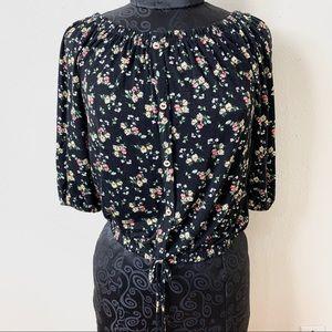 Free Kiss floral blouse black flower size Medium